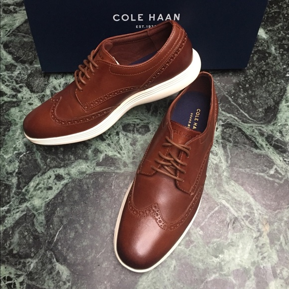 Cole Haan Mens Grand Tour Wing Oxfords